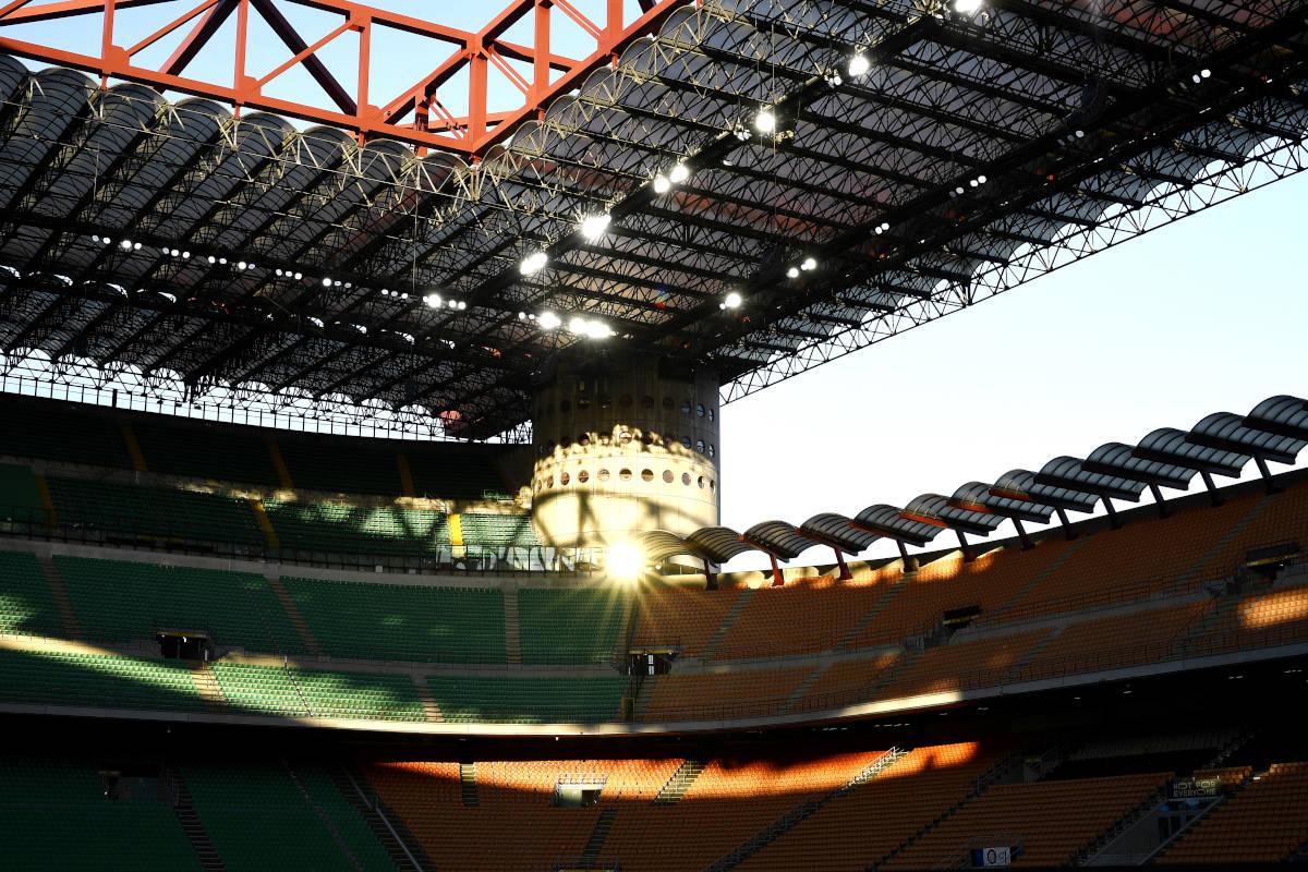 Stadio San Siro spalti vuoti